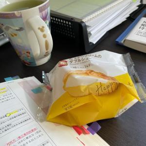 母ちゃん☆さてさて甘いもの食べながら試験勉強