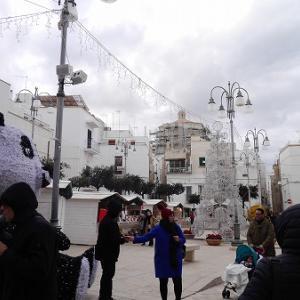 クリスマスシーズンのポリニャーノアマーレ