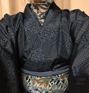 古い紬の着物で「アズーロ・エ・マローネ」やってみた♪