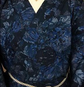 青い薔薇のデニム着物