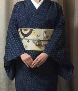 西陣花織紬に黄クリームの帯で