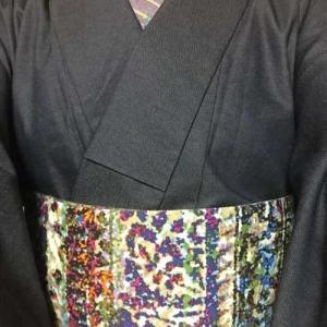 デニム着物にひでや工房の帯とひでや工房の半襟