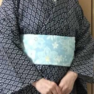 濃紺綿絽浴衣を着物として水色スカーフを帯の代わりに♪