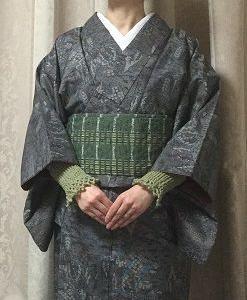裄の短さを隠すアームカバーというか飾り袖というか着物カフスっぽい編み物