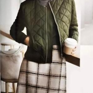 冬に可愛いキルティングジャケット