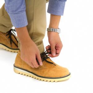 足底筋膜炎の方は合っていない靴を履いている。古い靴は今すぐ捨てよう。