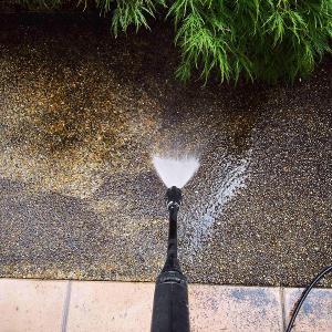アプローチのお掃除