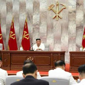 本日朝鮮中央TVでOAされた「朝鮮労働党中央委員会第7回第14回政治局拡大会議」の映像はこちらです♫