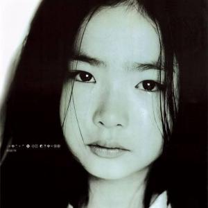 [超高画質]韓国若手女優신세경(申世炅[シン・セギョン]) 業界デビュー作のMVはコチラです♪