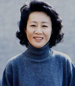 オスカー助演女優の尹汝貞[ユン・ヨジョン]の出身高校のHPをチェックしてわかったこと♪