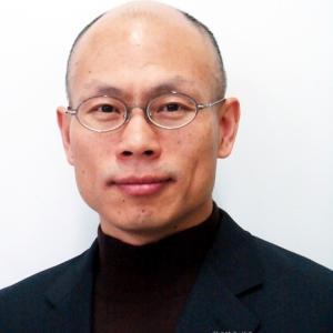 「旭日旗を礼賛」&「親日派カミングアウト」でお役所をクビになりそうな韓国人公務員のお顔はコチラです♪