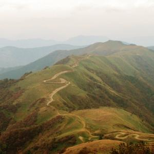 天空の林道・上名野川線と猿越山(仁淀川町)
