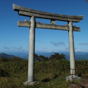 「天空の鳥居」土佐嶺北版・奥神賀山への林道は復旧?+高板山情報