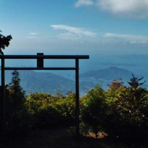 天空の鳥居・南予版~権現山山高神社(宇和島市)~