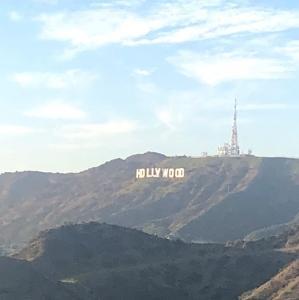 ハリウッドサインを見るならグリフィス天文台、そして隕石もあります。