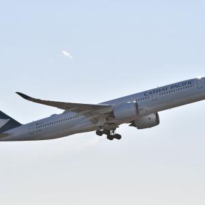 キャセイ航空、エアバスA350の離陸