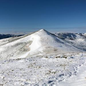 冬の初めの平標山