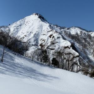 下田のマッターホルンP645を見に大山へ(三条市)