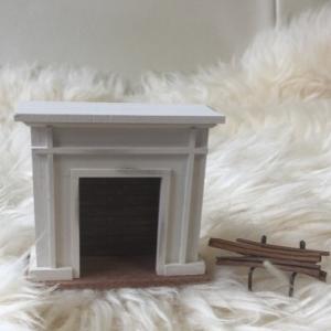 ミニチュアな暖炉