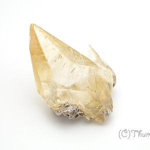コレクターアイテムとしても人気、金色に輝くステラビームカルサイトの原石10