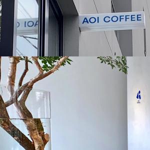 久々の青空、素敵なカフェ