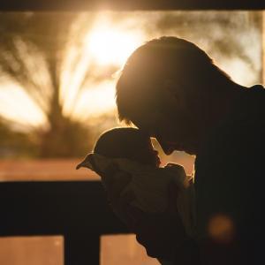 子連れ再婚「本当の親」にならなくて良い。