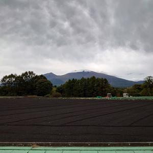 浅間山が早くも初冠雪