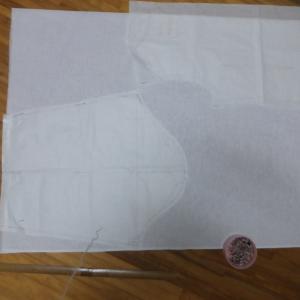 150センチ×1mで 長袖羽織物 裁断。