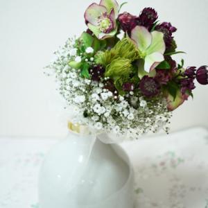 シックなBouquet de Mariée 花嫁の花束
