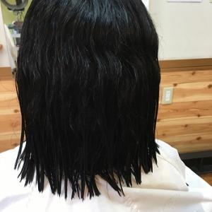 縮毛矯正ビフォアフター。