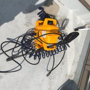 リョービの高圧洗浄機で屋上掃除