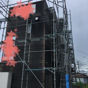 外壁塗装の為の足場設置