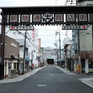 津山の商店街あたりを歩く