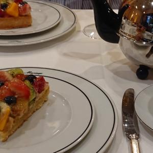 マリアージュ・フレールで紅茶  カフェでミーティング