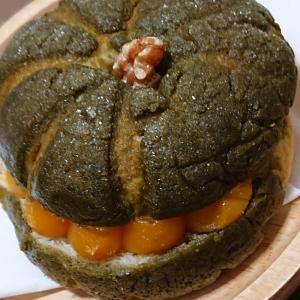 かぼちゃメロンパンでおうちカフェ