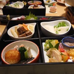 淡路島に来ています♪  ホテルで夕食