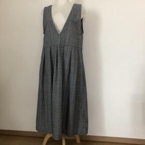 Vネックジャンバースカート☆ハンドメイド