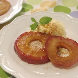 フライパンで焼き林檎
