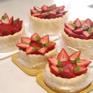 苺のシャルロットケーキ②