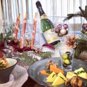 ★特製シュトーレンとWINEとキャンドルを楽しむ「ヒュッゲなクリスマス」イベント