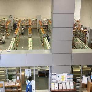 成田市図書館協議会とスズメを見守る子どもたち