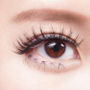 黒目の開きが悪い原因~眉下切開や眼瞼下垂の効果や失敗