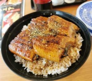 くら寿司 すしやの特上うな丼