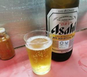 豚足のかどや 難波 瓶ビール