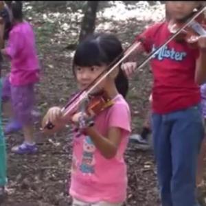小さい子のレッスンに昔の動画が大活躍