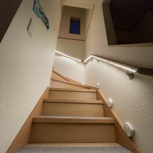 階段を明るくしよう!!