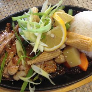 フィリピン ボラカイ ヘブンレストランでランチ