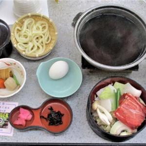 松茸土瓶蒸し付松茸ご飯食べ放題飛騨牛すきやき付