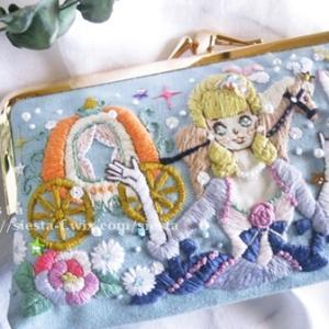 【新作5/31販売】シンデレラ刺繍絵がま口財布