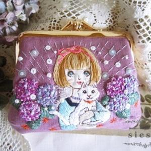 【5/31ネットショップ販売】乙女刺繍絵のがま口ミニ財布